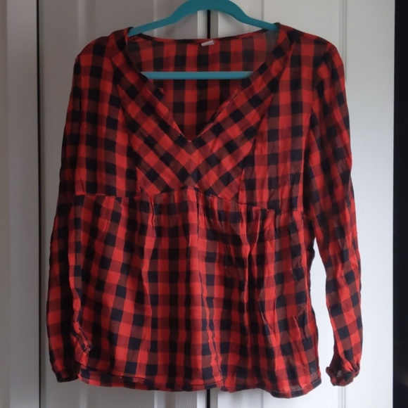 Old Navy Tops - Old Navy black and red plaid shirt